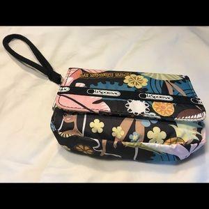 🎒Lesportsac women's wristlet bag